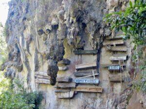 Filipijnen - hangende koffers