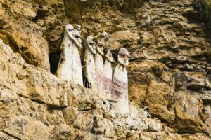 Noord-Peru - Sarcofagos de Karajia