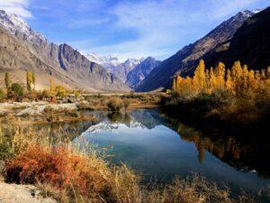 Tadzjikistan - bergmeer